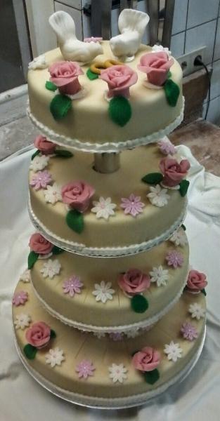 Hochzeitskuchen 010